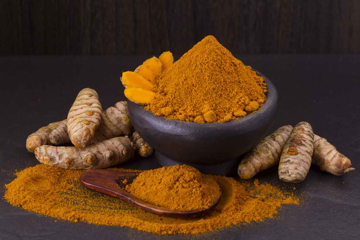 How curcumin targets cancer stem cells, while drugs make matters worse